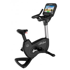 Life Fitness Platinum Club Series Upright Cycle with Discover SE3 HD Console